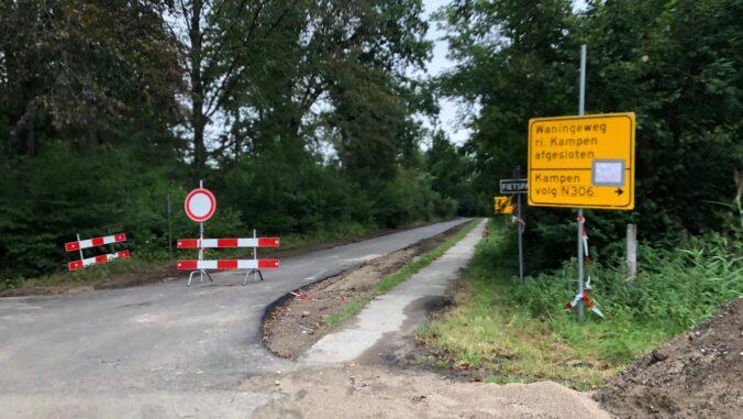 Asfalteren Wanningenweg augustus 2020